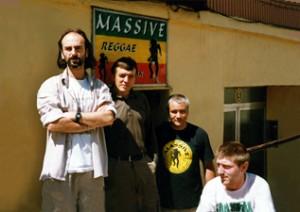 Iñaki, Josu, Javi y Jaime en Massive Reggae Diskak (mediados de los 90)