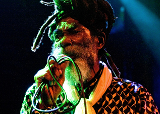 Don Carlos & Dub Vision Band. Barcelona