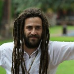 Roe Delgado ft Eterno «Ni blanco ni negro», clip oficial