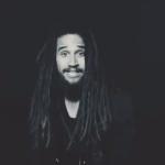 "Keznamdi presenta su nuevo video ""Darkness"" junto a Kabaka Pyramid"