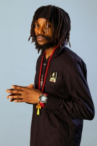 Kabaka Pyramid demuestra su madurez como artista en este Lead the Way