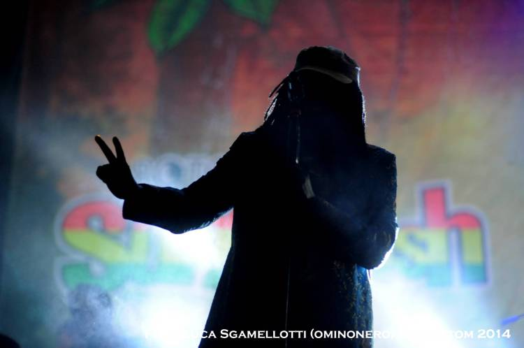 Main Stage / Alpha Blondy