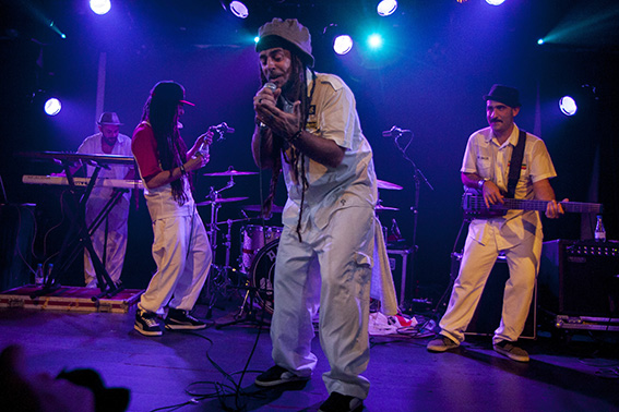 141112_TRAIN_TO_ROOTS_0023_567X378