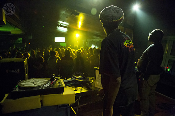 141213_MAD_PROFESSOR_BCN_LB_009A6164_567X378